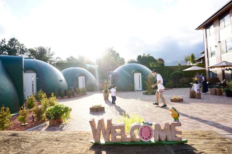 帶小孩玩河口湖,湯瑪士樂園,賞富士山,逛御殿場outlet,體驗超可愛的西瓜飯店