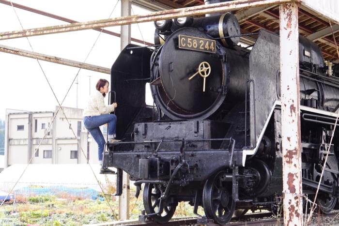 日本只見町SL「C58―244」蒸氣火車