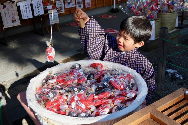 長野上田城跡公園真田神社鯛魚籤