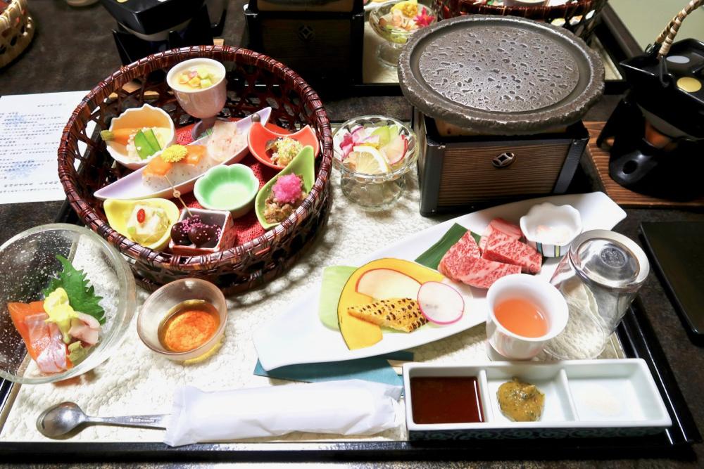 有台灣人女將的溫泉飯店_長野上田別所溫泉上松屋_料理